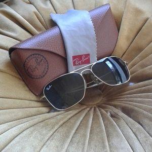 Ray-Ban Aviator Woman's Sunglasses